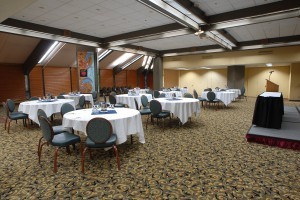The Best Western Plus Hood River Inn Offers 12 000 Square